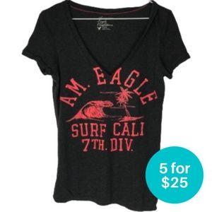 5/$25 - American Eagle V-Neck T-Shirt Surf Grey M